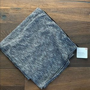 NWT Lululemon Vinyasa Scarf In Foulard Tweed